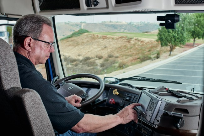 Discover-The-Difference-Between-Professional-Truck-Drivers-And-Truck-Drivers-9